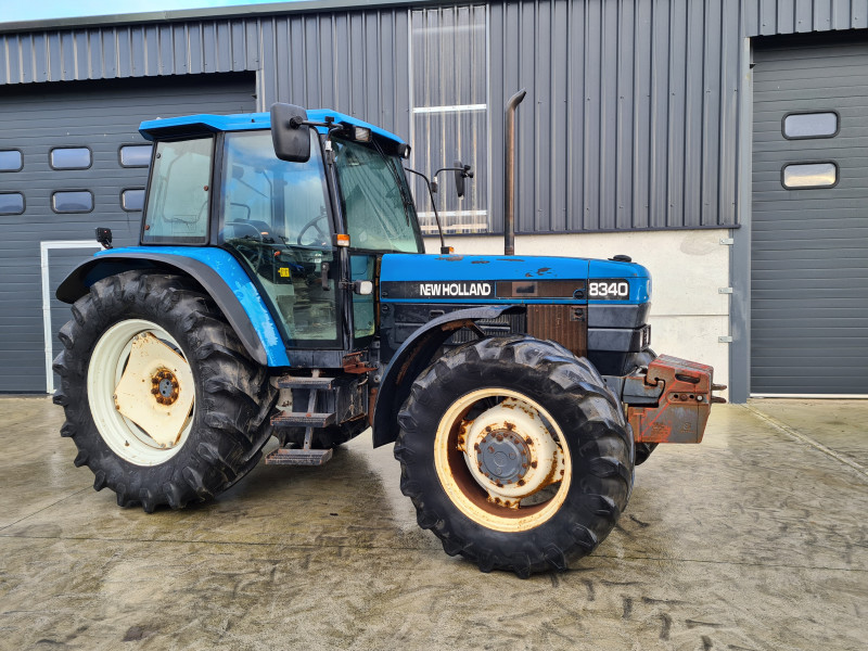 1998 New Holland 8340
