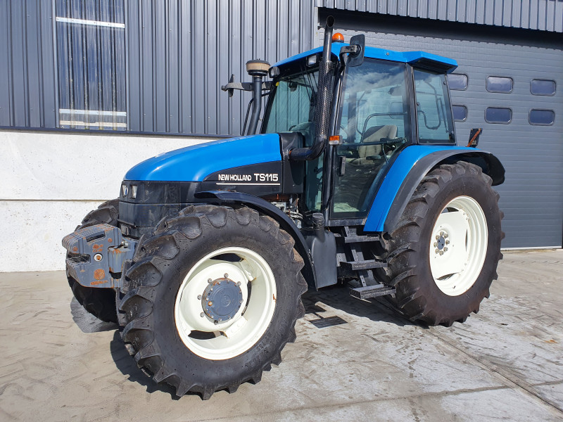 2001 New Holland TS 115 SL