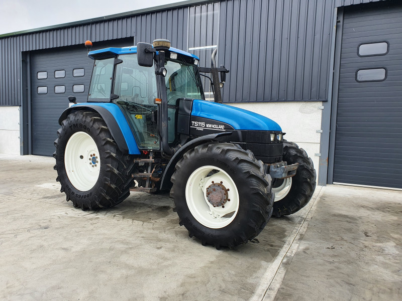 2001 New Holland TS 115 Turbo