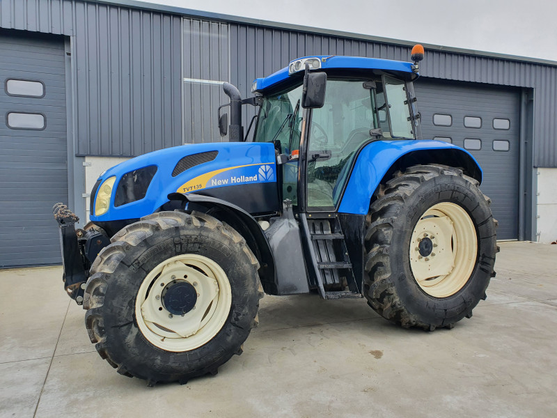 2006 New Holland TVT 135