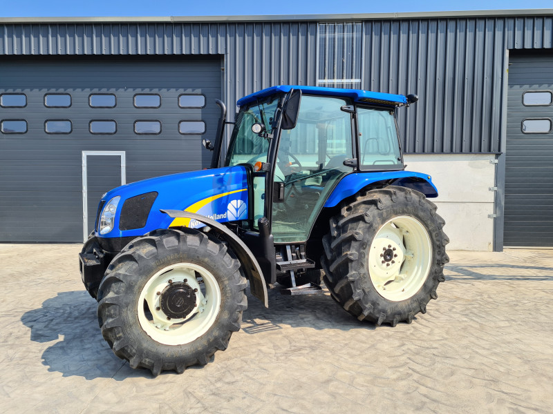 2014 New Holland T5070